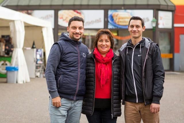 Елена Ромме с сыновьями